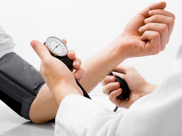 nutrizionista-vegani-ipertensione-osteoporosi